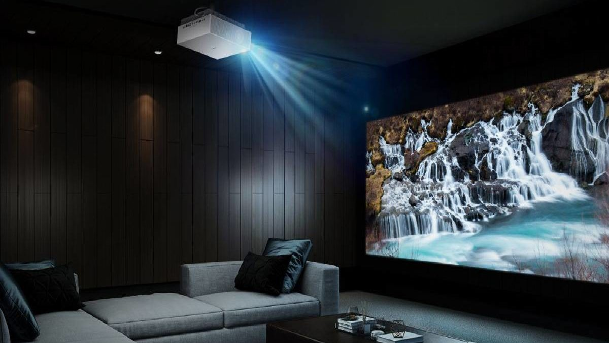 Best Home Theater Projector – Advantages, Drawbacks, and More