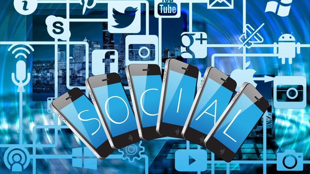 What are Social Networks? – Definition, Categories, and More