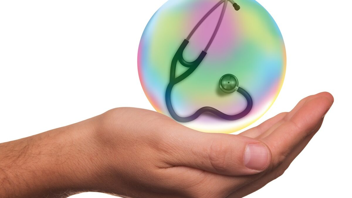 Mediclaim And Health Insurance: What's the Difference?