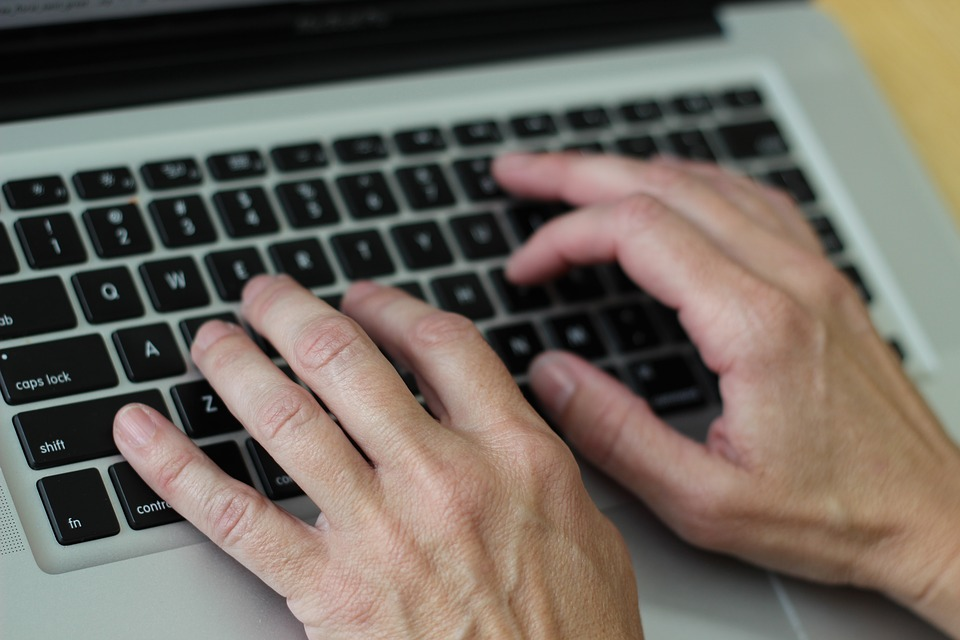 Realizing the promise: Use of Technology in Writing an Exceptional essay