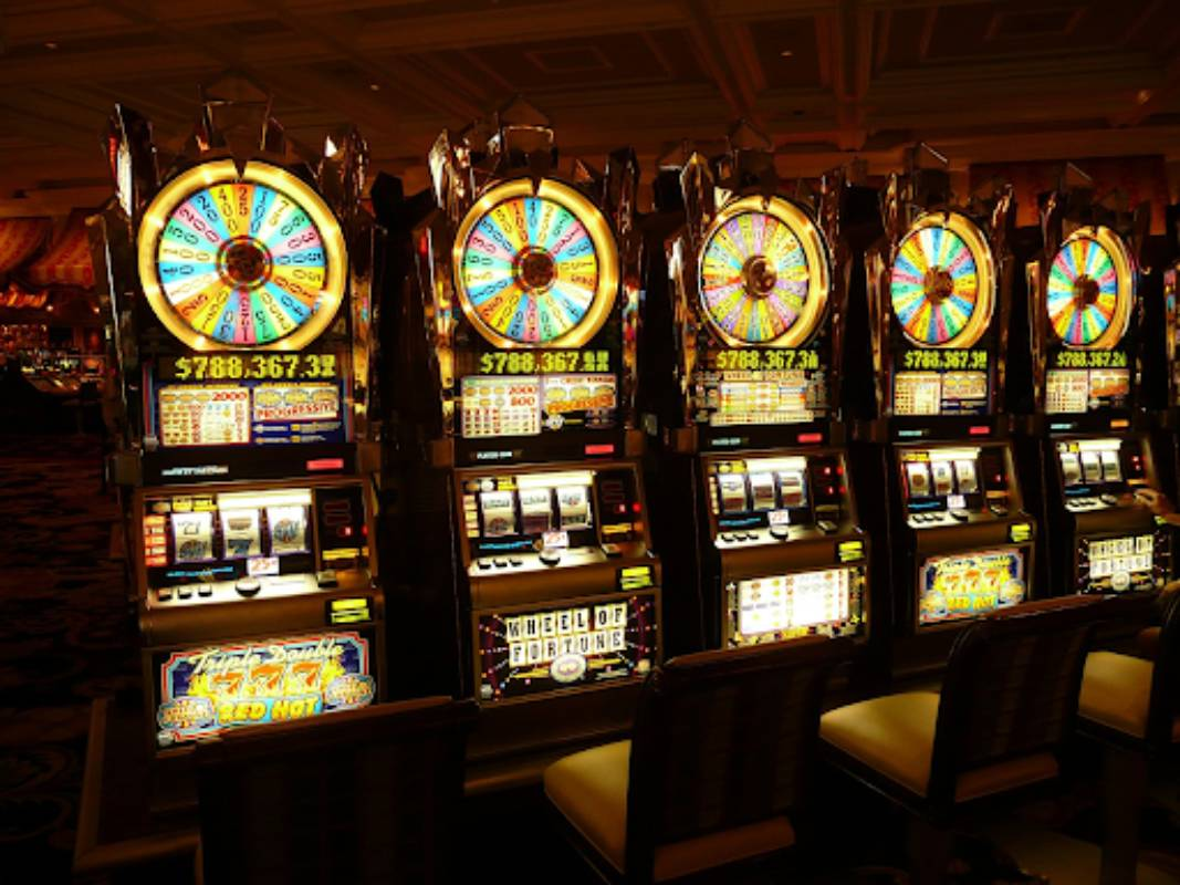 How to Play Slot Games